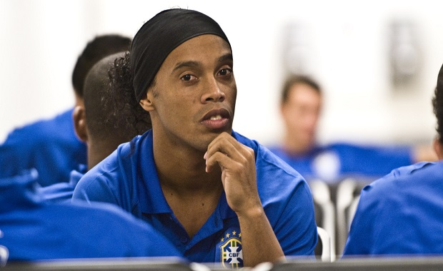 15 Motivational Ronaldinho Quotes on Life & Soccer